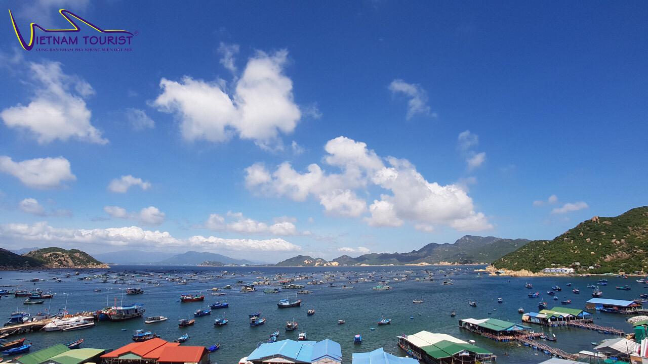 CÔNG TY TNHH TM & DV DU LỊCH VIETNAM TOURIST